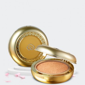 The history of Whoo Gongjinhyang:Mi Luxury Golden Cushion Refill SPF50+/PA+++ 15g