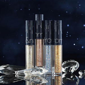 Rom&nd Holiday Edition The Universe Liquid Glitter