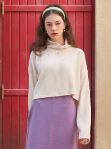 [R] Letter From Moon Flying Flower Turtleneck Sweater [Cream] 1pcs