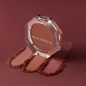 DearDahlia Timeless Bloom Collection Paradise Petal Matte Blush 5g