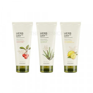 The Face Shop Herb Day 365 Master Blending Cleansing Foam 170ml