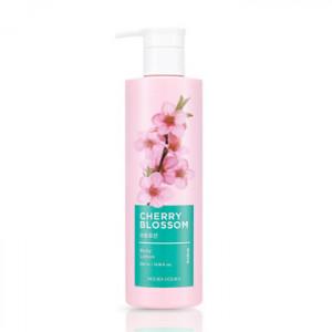 HolikaHolika Cherry Blossom Body Lotion 390ml