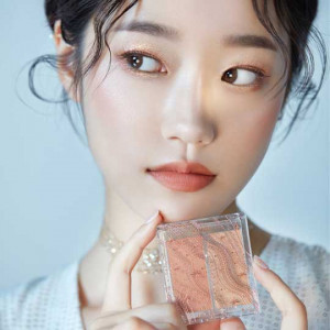 Etude House [2020 Holiday LTD] Glittery Snow Face Palette
