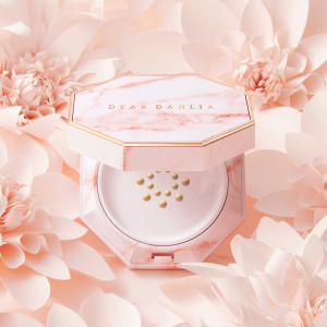 Dear Dahlia [Blooming Edition] Skin Paradise Pure Moisture Cushion Foundation SPF37 PA+++ 14ml
