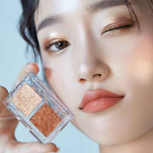 Etude House [2020 Holiday LTD] Glittery Snow Air Mousse Palette 1.5gx2