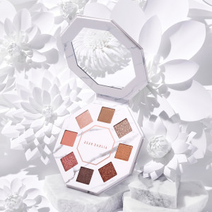 DearDahlia Timeless Bloom Collection Palette 7.8g