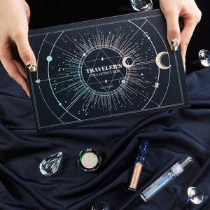 Rom&nd [Holiday Edition The Universe] Traveler's Collection Box